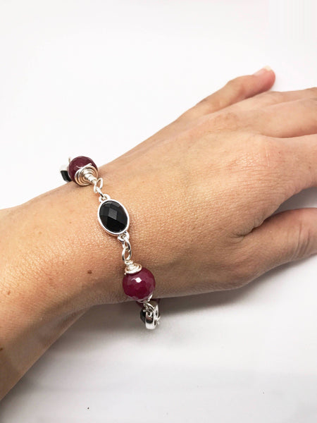 Dark Pink and Black Bracelet, Red Agate Bracelet, Black and red bracelet, Red bracelet, Black bracelet