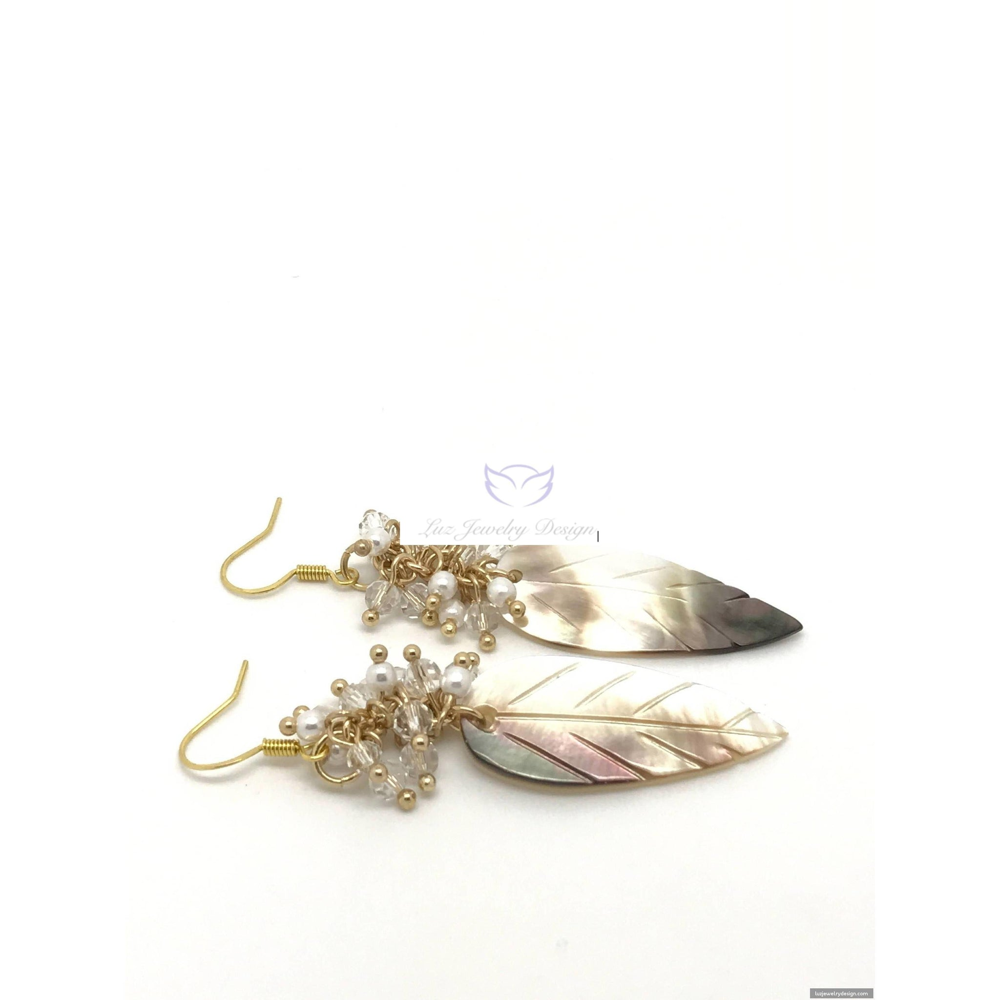 Beige Shell Earrings with Crystal Clusters - Luzjewelrydesign