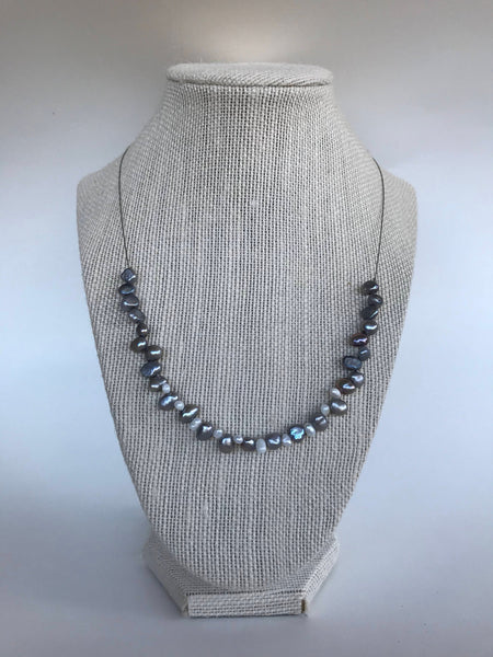 Grey Pearl necklace, Silver Pearl Necklace, White and Grey pearl Necklace, Grey Pearl Jewelry, Dark grey Necklace, dark grey pearl Necklace