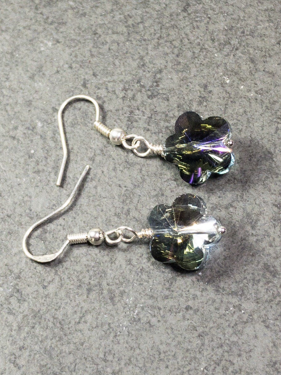 Flower Crystal Earrings - Luzjewelrydesign