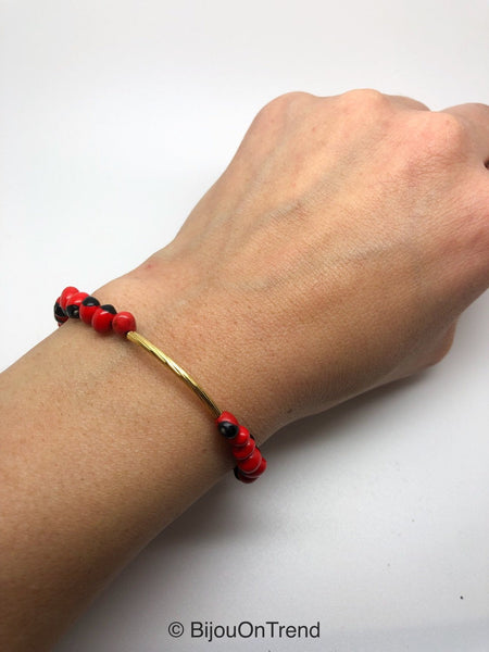 Huayruro tribal bracelet, hand knotted huayruro bracelet, boho bracelet, red boho jewelry