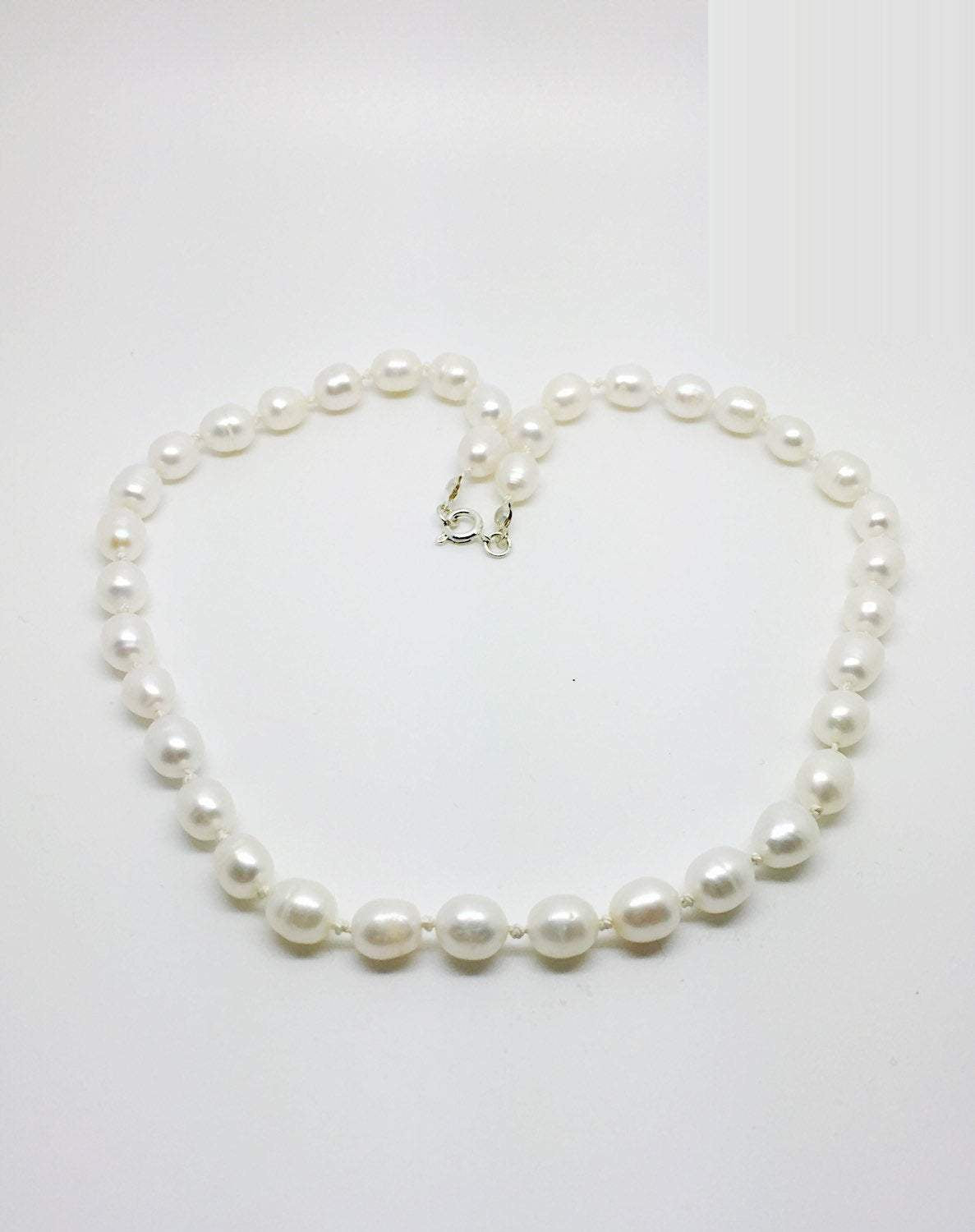 White freshwater pearl knotted necklace, pearl necklace, white pearl necklace,  white freshwater pearl jewellry, knotted pe arl necklace