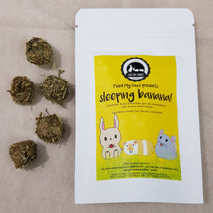 Sleeping Banana - freeze dried small animal treats