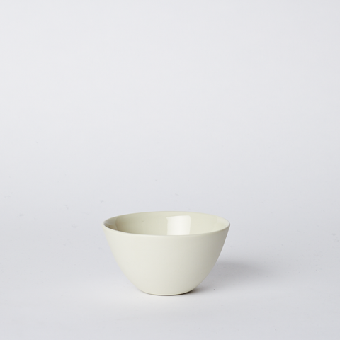 Flared Bowl Small in Milk