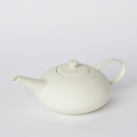 Teapot - Four Cup in Milk