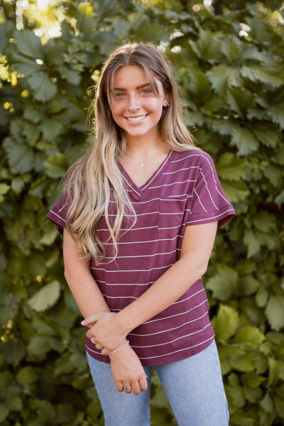 LENNOX STRIPED POCKET TEE - BURGUNDY
