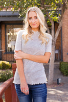 LIZZIE RUFFLE EDGE TOP - GRAY