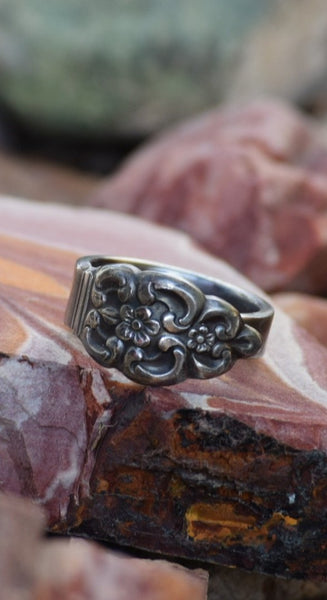 Lucy Antique Spoon Ring- Size 9