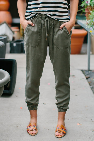 SLOUCH TIE JOGGERS - OLIVE