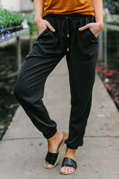 SLOUCH TIE JOGGERS - BLACK