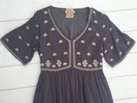SHELBY EMBROIDERED DRESS - CHARCOAL