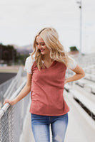 DALLAS V-NECK TOP - RUST
