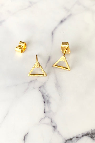 DAINTY TRIANGULAR STUD - GOLD