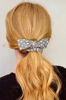 KNOTTED LINEN SCRUNCHIE - GREY DOT