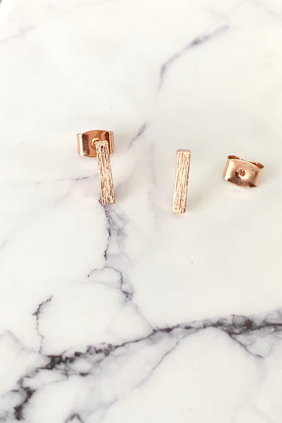 DAINTY BAR STUD EARRINGS - ROSE GOLD