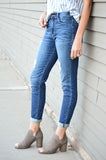 DISTRESSED HIGH RISE BOYFRIEND JEAN