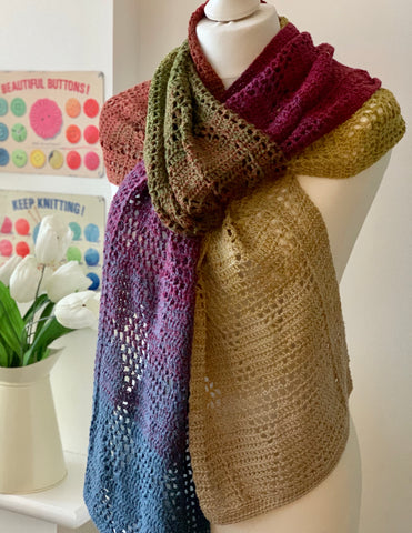 PDF Faded Diamonds Scarf Pattern