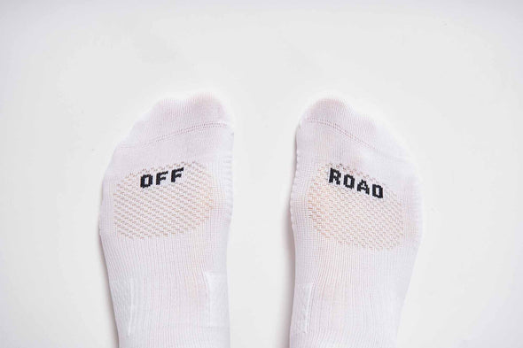 #09_12 Off Road White
