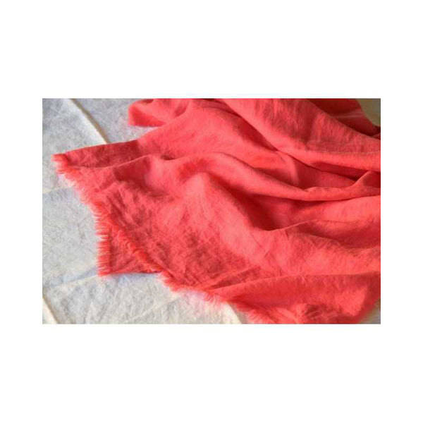 Raspberry 100% Linen Throw - Zouf.biz