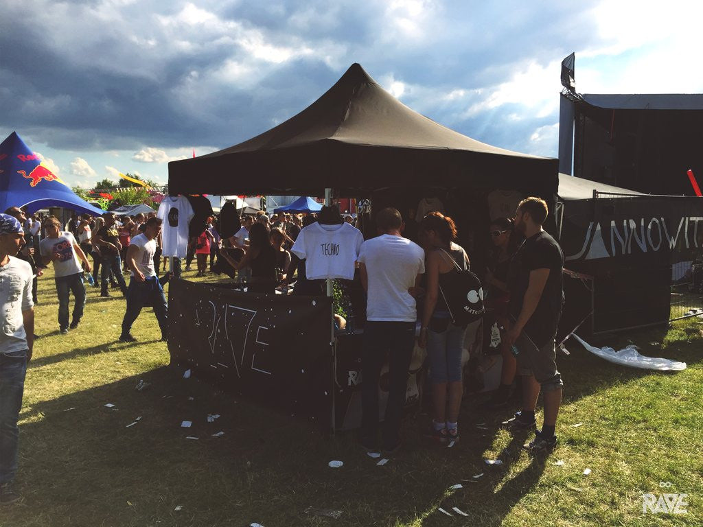 RAVE Clothing Ruhr in Love Festival Store