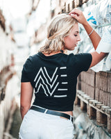 AVE Crew Crop Top in schwarz