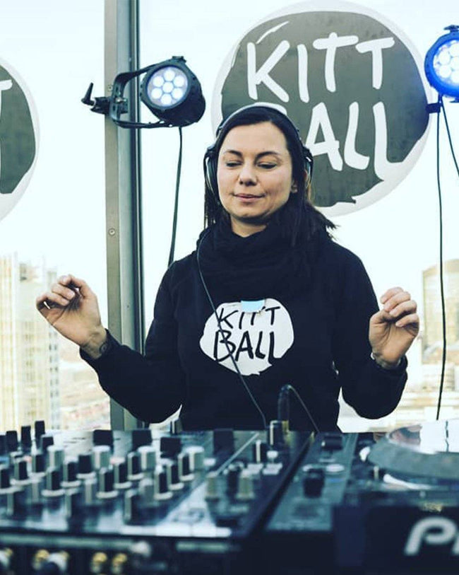 Kittball Records Pullover Juliet Sikora
