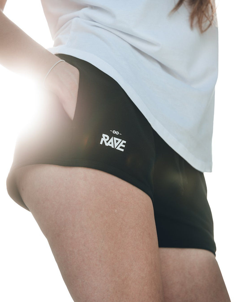 RAVE Hotpants in schwarz