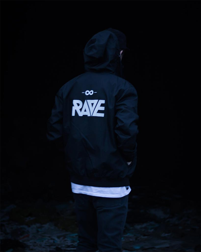 RAVE windbreaker in black
