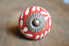 Red and White Etched Ceramic Knob