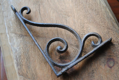 Cast Iron Scroll Bracket - Small