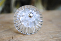 Crystal Round with Backplate