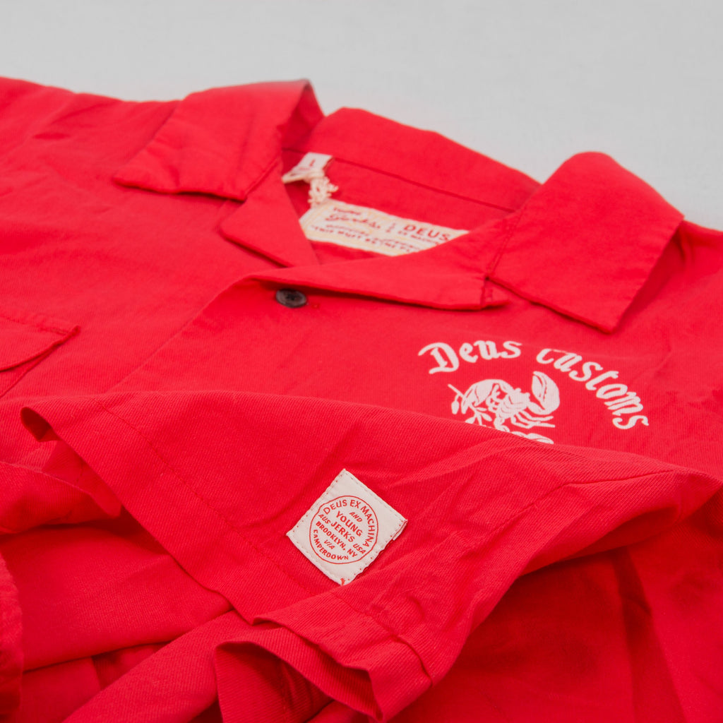 Deus ex Machina Smile Back S/S Shirt - Red Molten 2