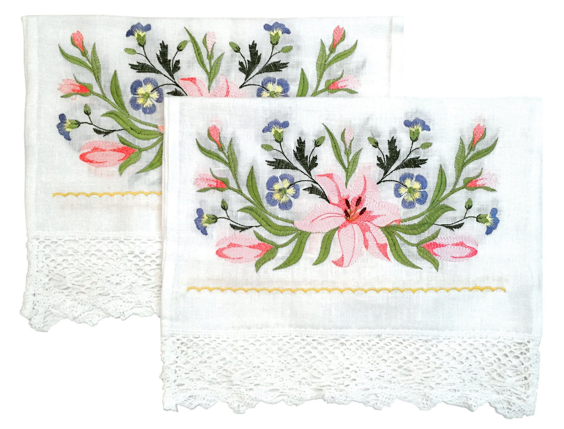 Wedding Icon Napkins: Lilies & Lace