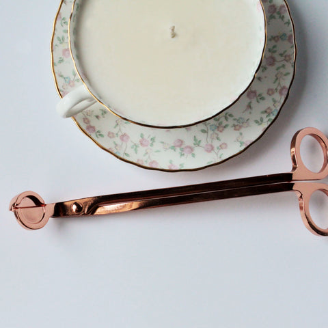 duo candle + rose gold wick trimmer|duo bougie + coupe-mèches or rose