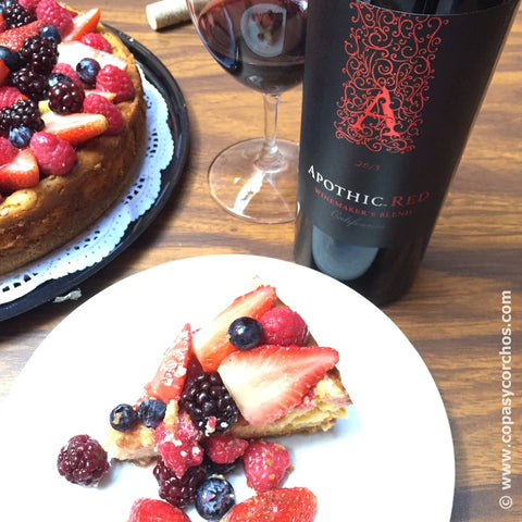 Maridaje Cheese Cake de Frutos Rojos y Apothem Red Wine