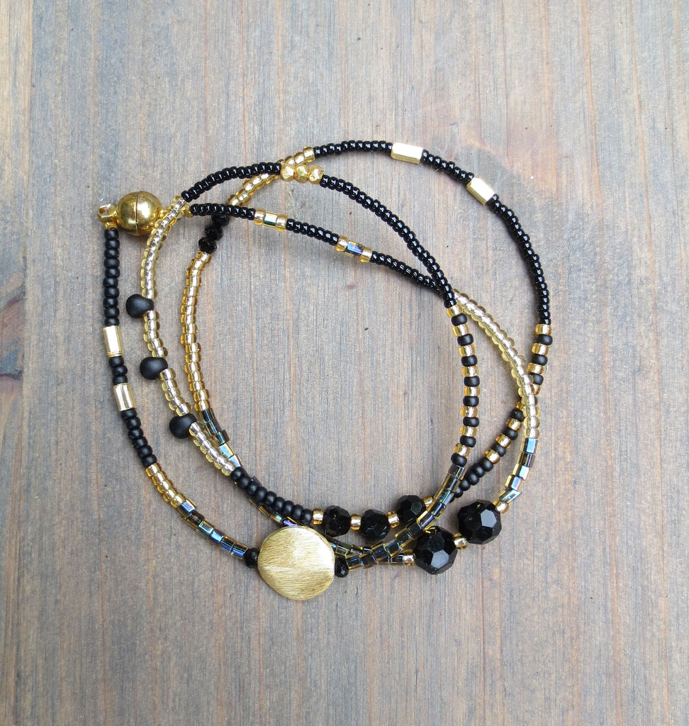 Wrap bracelet/Necklace 'Black&Gold' 18-19""