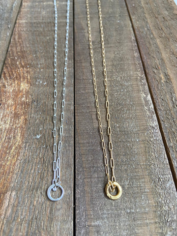 Paper Clip Chain Circle Necklace