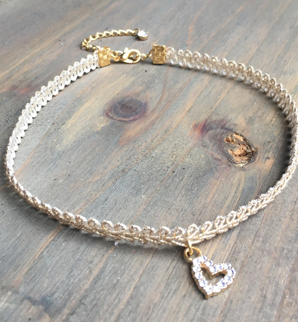 Choker Necklace Gold Heart