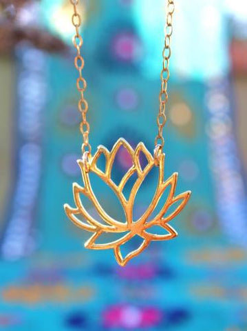 Enlighten in Lotus Necklace