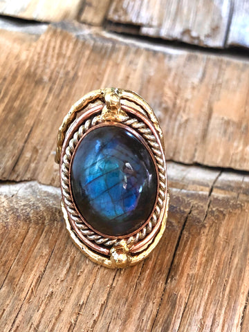 Glowing Labradorite Ring