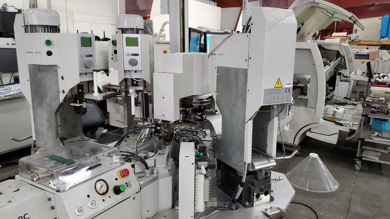 KOMAX GAMMA 333 Automatic wire cut / strip / terminate machine