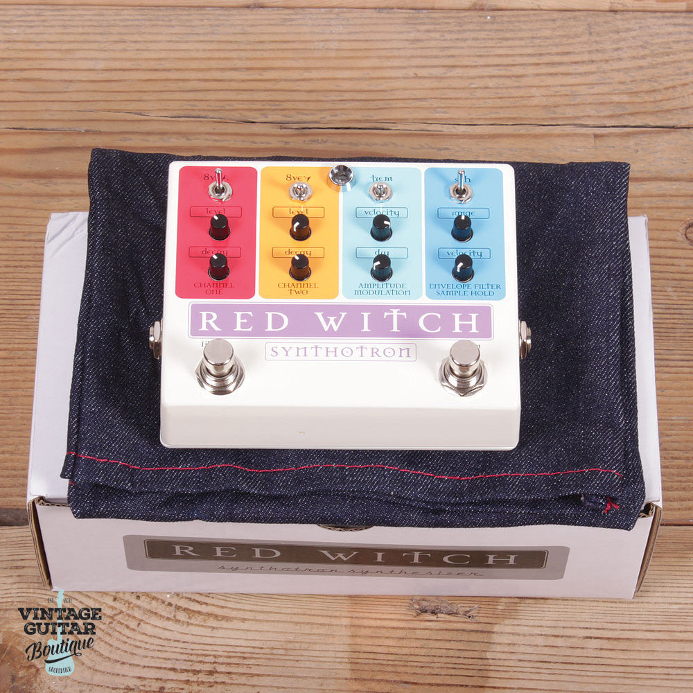 Red Witch Synthotron - Filter / Synthesiser / Octaver - Vintage Guitar Boutique - 4