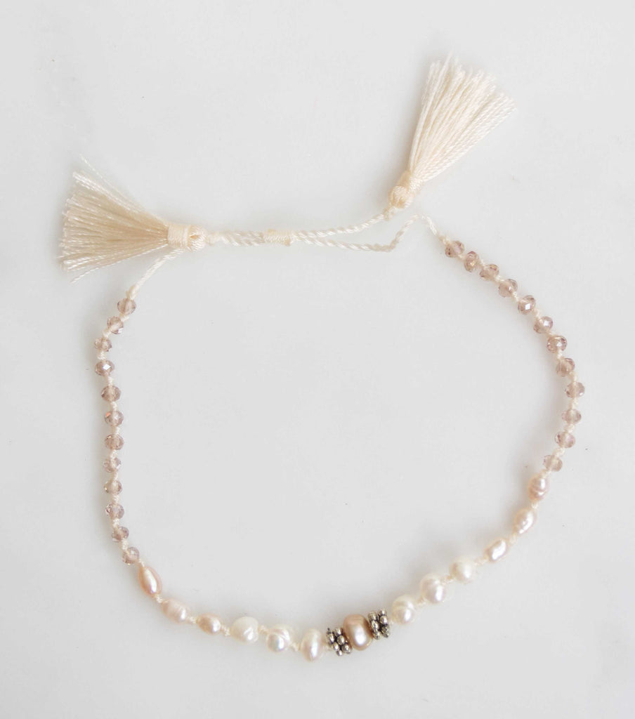 ANTIQUE PEARL MACRAME BRACELET