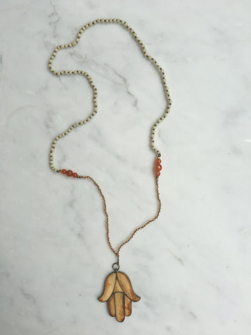 AMBIENCE PRAYER HAND NECKLACE