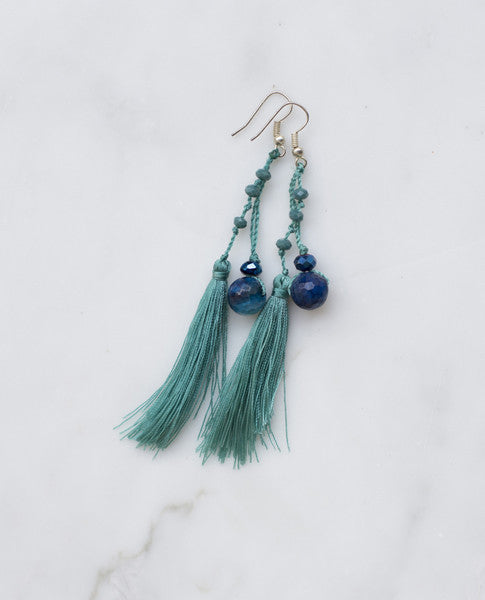 TEAL FEATHERED TASSEL  W/ DEEP AQUA AGATE