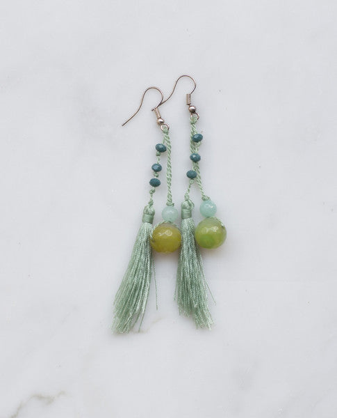 MINT FEATHERED TASSEL EARRING