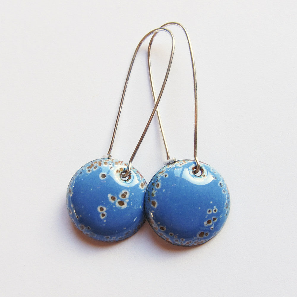 Sky blue round enamel earrings
