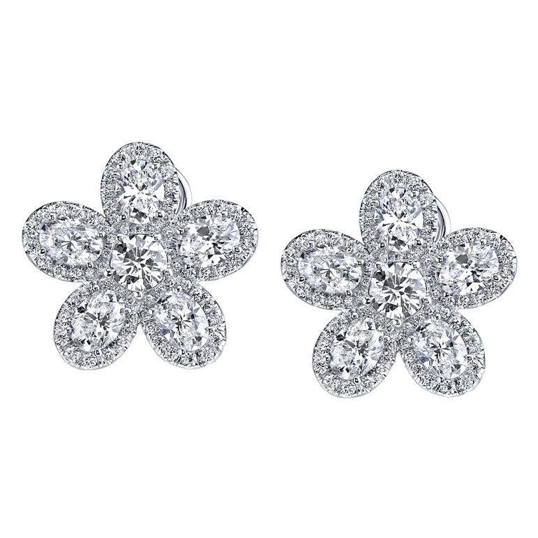 White Gold Floral Shape Diamond Earrings