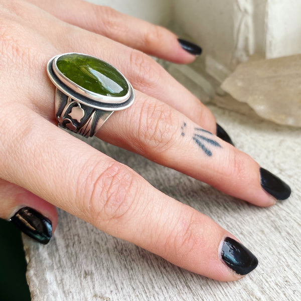 Lily of the Valley Boundary Ring ✦ Size 6 ✦ Lily of the Valley Collection