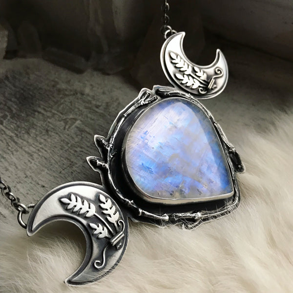 Cailleach's Armor Pendant ✦ 18 1/4 Inches ✦ The Age of the Cailleach Collection